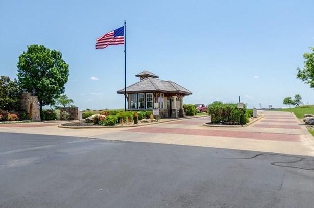8120 Lanark Court, Cleburne, TX - USA (photo 5)