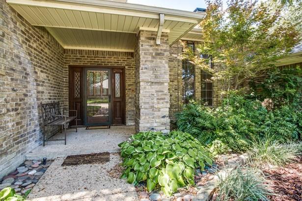 12227 Cross Creek Drive, Dallas, TX - USA (photo 2)