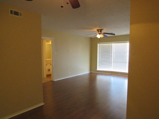 4931 Cedar Springs Road D, Dallas, TX - USA (photo 3)