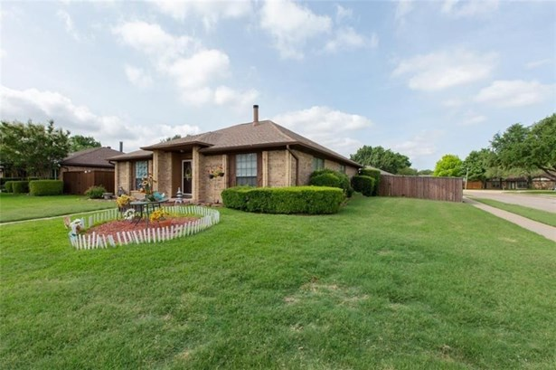 3229 Meadowood Drive, Garland, TX - USA (photo 3)