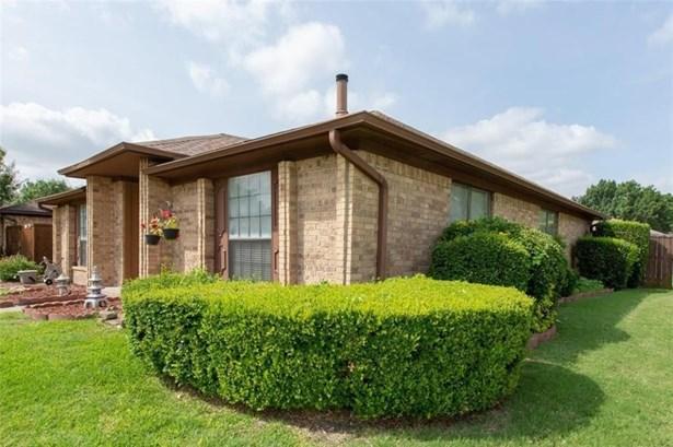 3229 Meadowood Drive, Garland, TX - USA (photo 4)