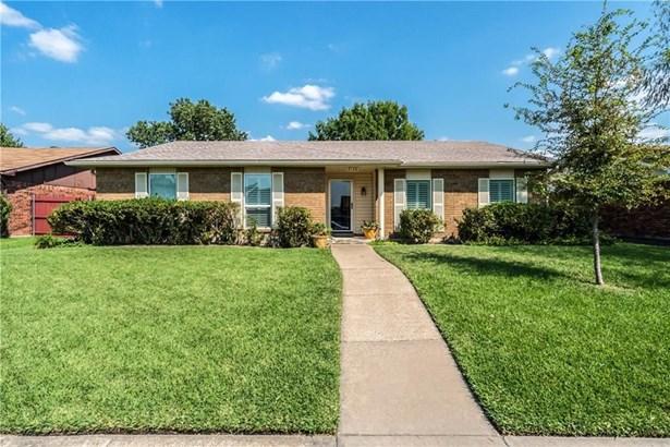 2136 Lymington Road, Carrollton, TX - USA (photo 1)