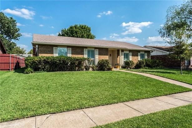 2136 Lymington Road, Carrollton, TX - USA (photo 2)