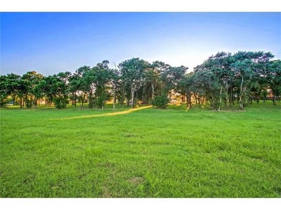 3305 Waterford Drive, Rowlett, TX - USA (photo 1)