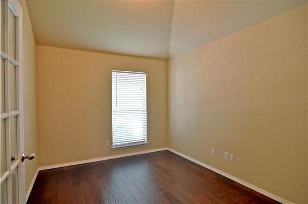 6309 Saint Andrews Drive, North Richland Hills, TX - USA (photo 4)