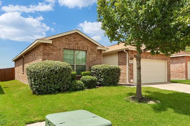8613 Meredith Lane, Fort Worth, TX - USA (photo 3)
