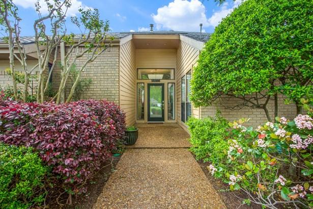 6410 Brentfield Drive, Dallas, TX - USA (photo 3)