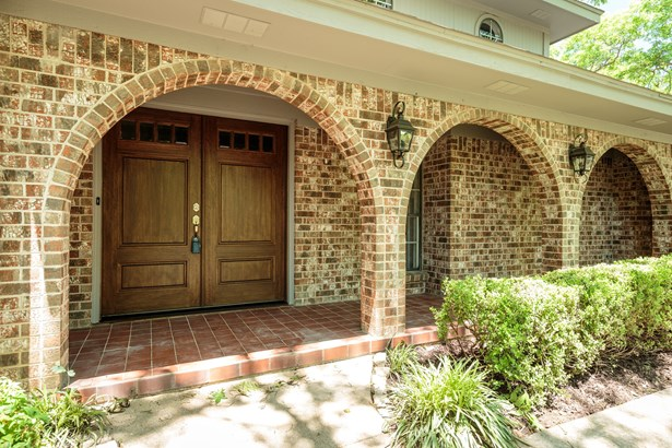 2906 Kircaldy Court, Arlington, TX - USA (photo 3)