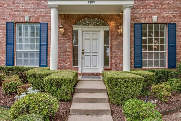 2103 Shumard Oak Lane, Irving, TX - USA (photo 3)