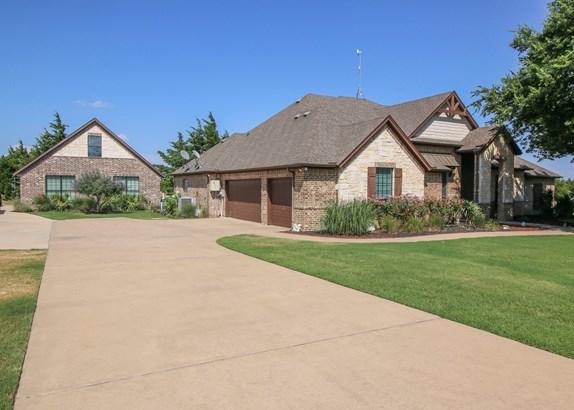 170 N Oak Branch, Waxahachie, TX - USA (photo 2)