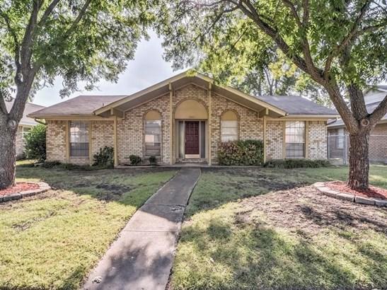 5805 Bobbie Lane, Rowlett, TX - USA (photo 1)