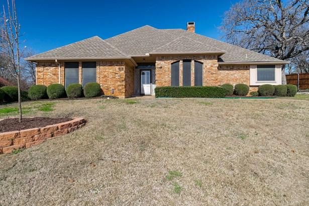 816 Smokerise Circle, Denton, TX - USA (photo 1)