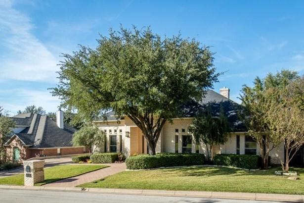 6005 Honeytree Drive, Arlington, TX - USA (photo 2)