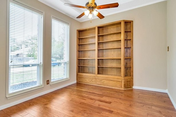 500 Cozby Avenue, Coppell, TX - USA (photo 5)