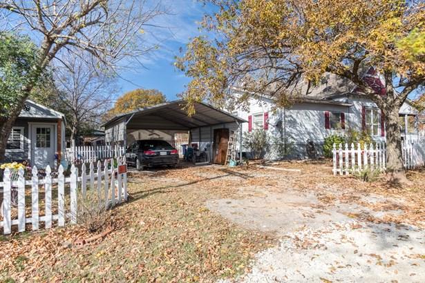 585 Clements Avenue, Van Alstyne, TX - USA (photo 4)