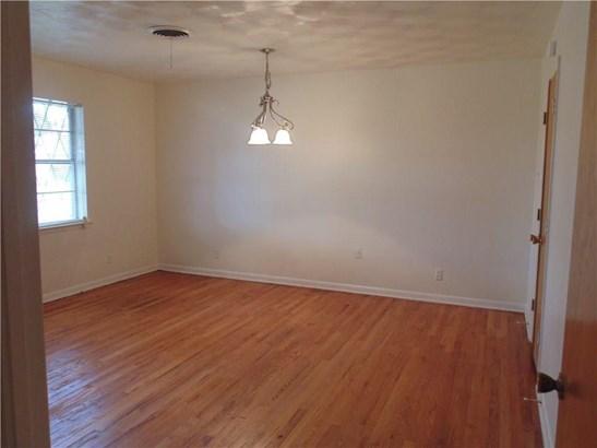 609 Willowood Lane, Lancaster, TX - USA (photo 2)