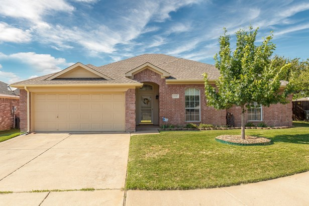 1121 Parkview Trail, Kennedale, TX - USA (photo 1)