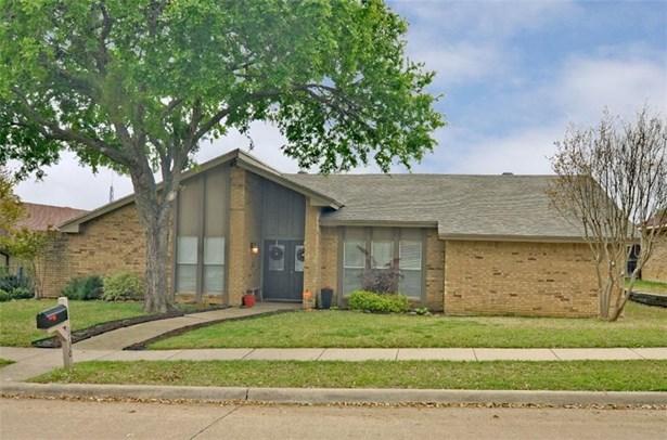 1730 Southampton Drive, Carrollton, TX - USA (photo 1)