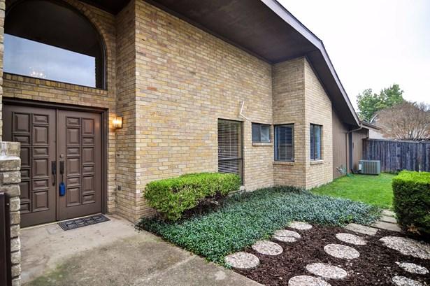 17639 Sunmeadow Drive, Dallas, TX - USA (photo 1)