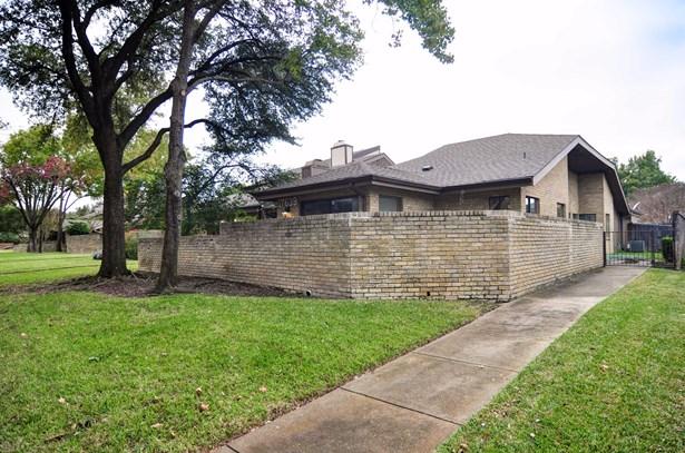 17639 Sunmeadow Drive, Dallas, TX - USA (photo 2)