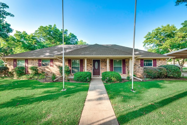 102 Misty Glen Circle, Gun Barrel City, TX - USA (photo 1)