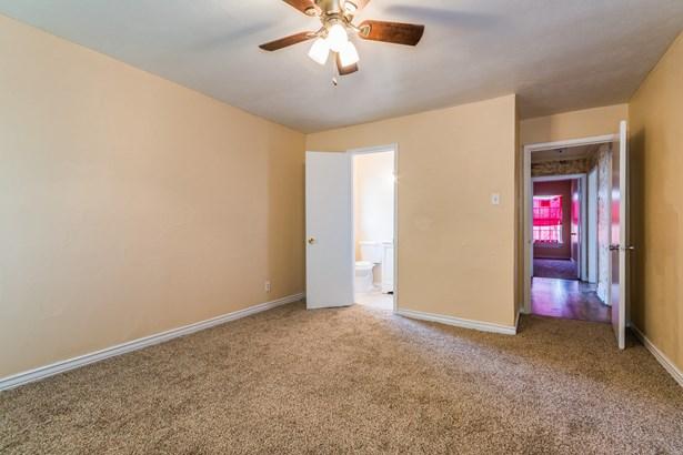 520 W Oak Street, Gunter, TX - USA (photo 3)