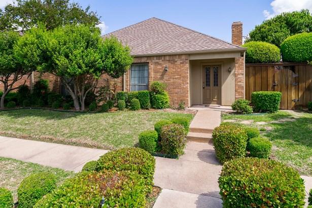 429 Winding Brook Lane, Richardson, TX - USA (photo 1)