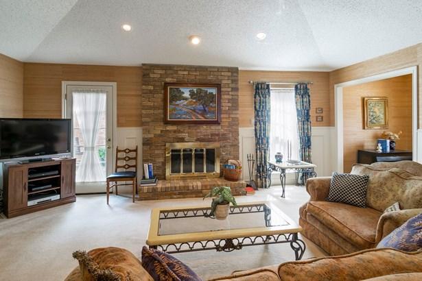 429 Winding Brook Lane, Richardson, TX - USA (photo 5)