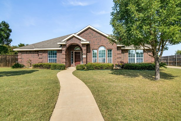 8305 Laurel Court, Rowlett, TX - USA (photo 2)