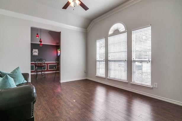 8305 Laurel Court, Rowlett, TX - USA (photo 3)