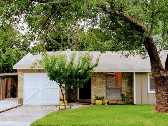 606 Sparks Street, Grand Prairie, TX - USA (photo 3)