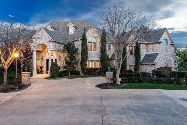 2615 Hemingway Drive, Arlington, TX - USA (photo 2)