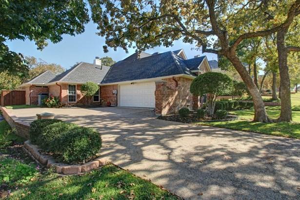 6605 Nantucket Lane, Arlington, TX - USA (photo 3)
