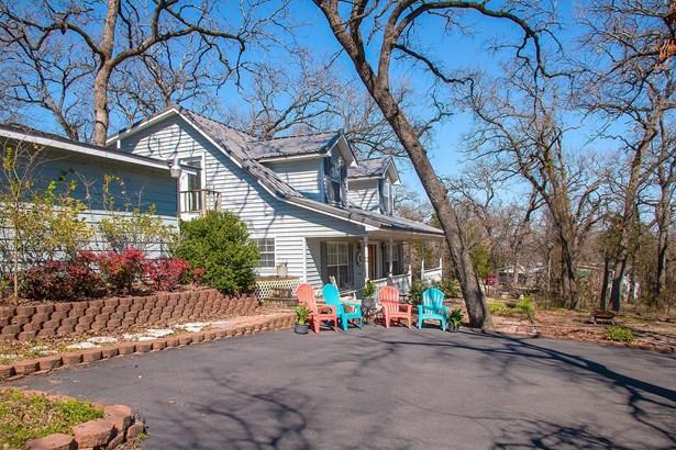929 Oaklanding Circle, Kemp, TX - USA (photo 1)