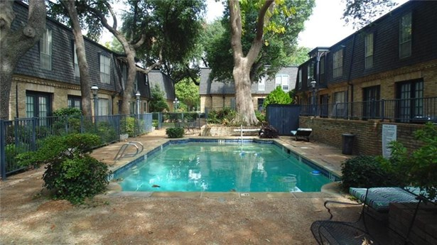 5047 Cedar Springs Road 119, Dallas, TX - USA (photo 3)