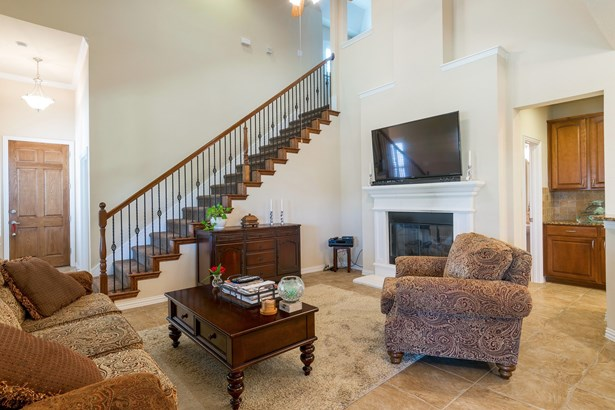1701 Snow Owl Court, Carrollton, TX - USA (photo 5)