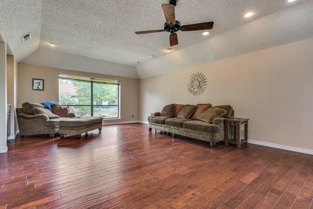 3409 Hidalgo Street, Irving, TX - USA (photo 5)