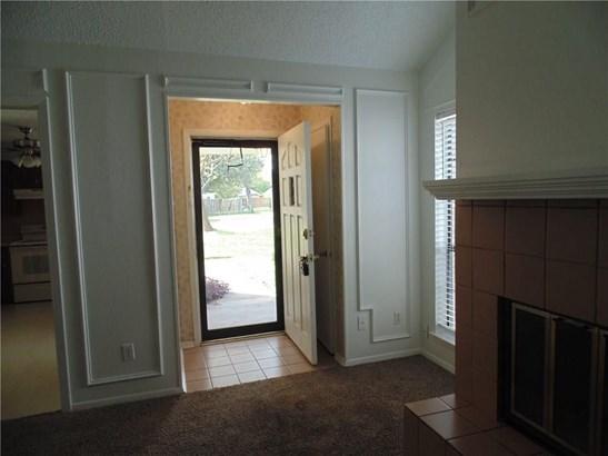 219 Oak Street, Lancaster, TX - USA (photo 3)