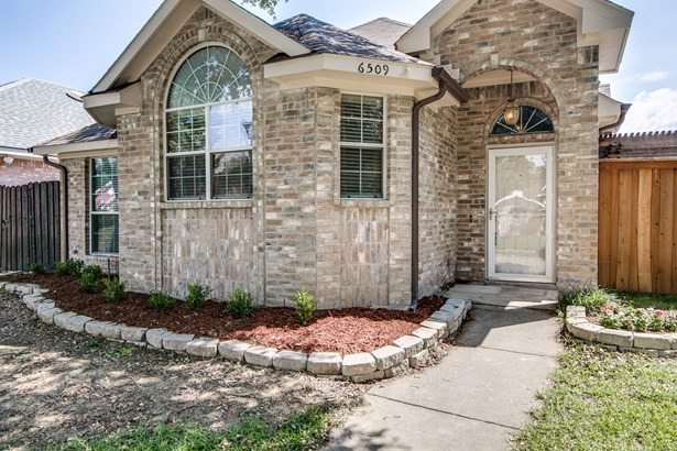 6509 Wildhaven Drive, Rowlett, TX - USA (photo 2)