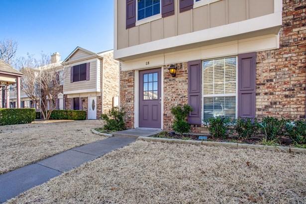 645 Carriagehouse Lane 8l, Garland, TX - USA (photo 1)