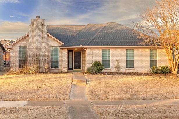 1657 Crosshaven Drive, Lewisville, TX - USA (photo 2)
