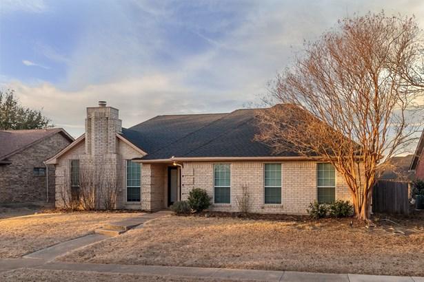 1657 Crosshaven Drive, Lewisville, TX - USA (photo 3)