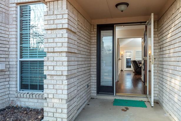 1657 Crosshaven Drive, Lewisville, TX - USA (photo 5)