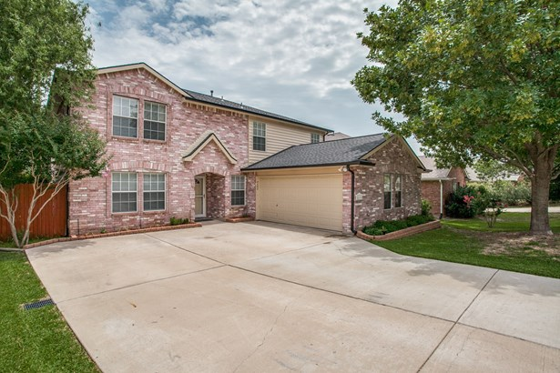4604 Lee Hutson Lane, Sachse, TX - USA (photo 2)