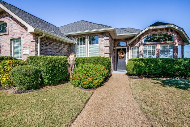 1407 Old Knoll Drive, Wylie, TX - USA (photo 2)