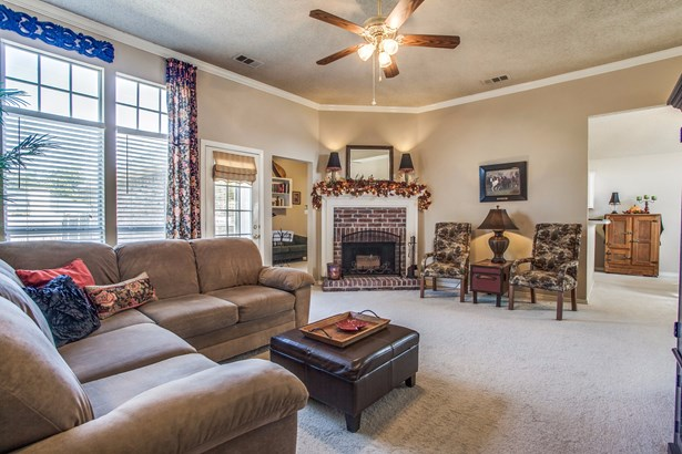 1407 Old Knoll Drive, Wylie, TX - USA (photo 5)