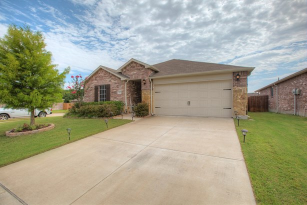127 Abelia Drive, Fate, TX - USA (photo 2)