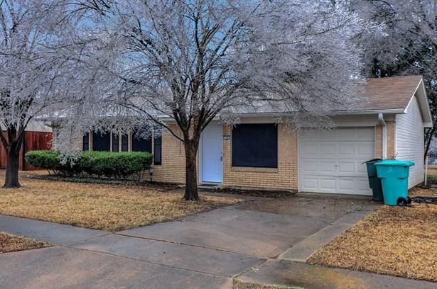 718 E Martin Lane, Sherman, TX - USA (photo 2)