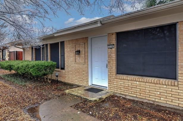 718 E Martin Lane, Sherman, TX - USA (photo 5)