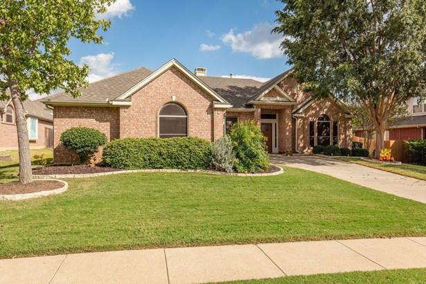 8416 Grand View Drive, North Richland Hills, TX - USA (photo 4)